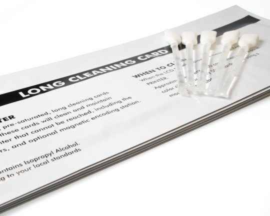 SMART CLEANING KIT WITH CLEANING CARDS AND SWABS